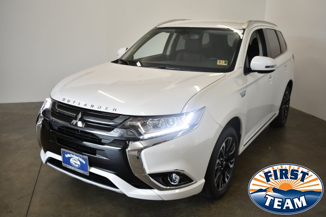 Pre-Owned 2018 Mitsubishi Outlander PHEV